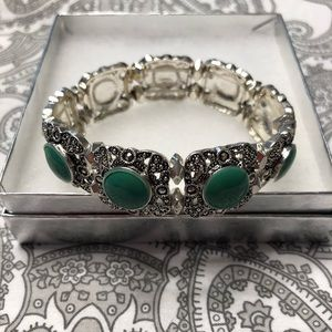 Jewelry - Antique looking bracelet with turquoise